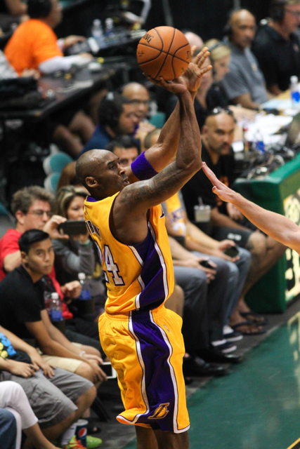 The Los Angeles Lakers play the Utah Jazz in 2015 NBA preseason basketball at the Stan Sheriff Center, Honolulu, HI on October 04 2015. Photo: Brandon Flores.